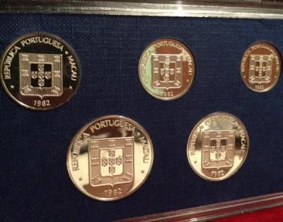 1982 macau silver proof set